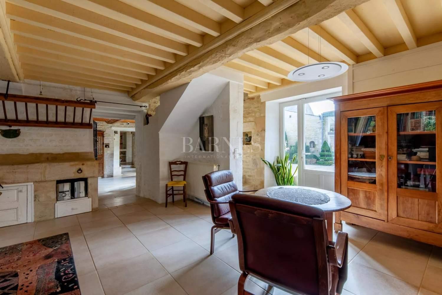 Courseulles-sur-Mer  - Maison 12 Pièces 6 Chambres - picture 6