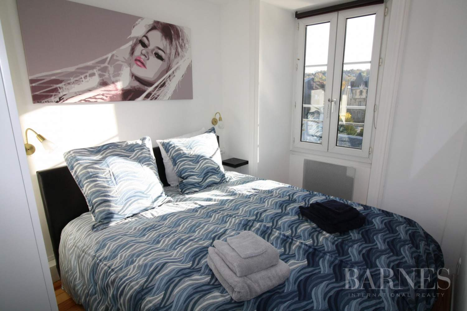 3 ROOM APARTMENT IN THE CENTRE OF DEAUVILLE AND STAFF APARTMENT picture 10