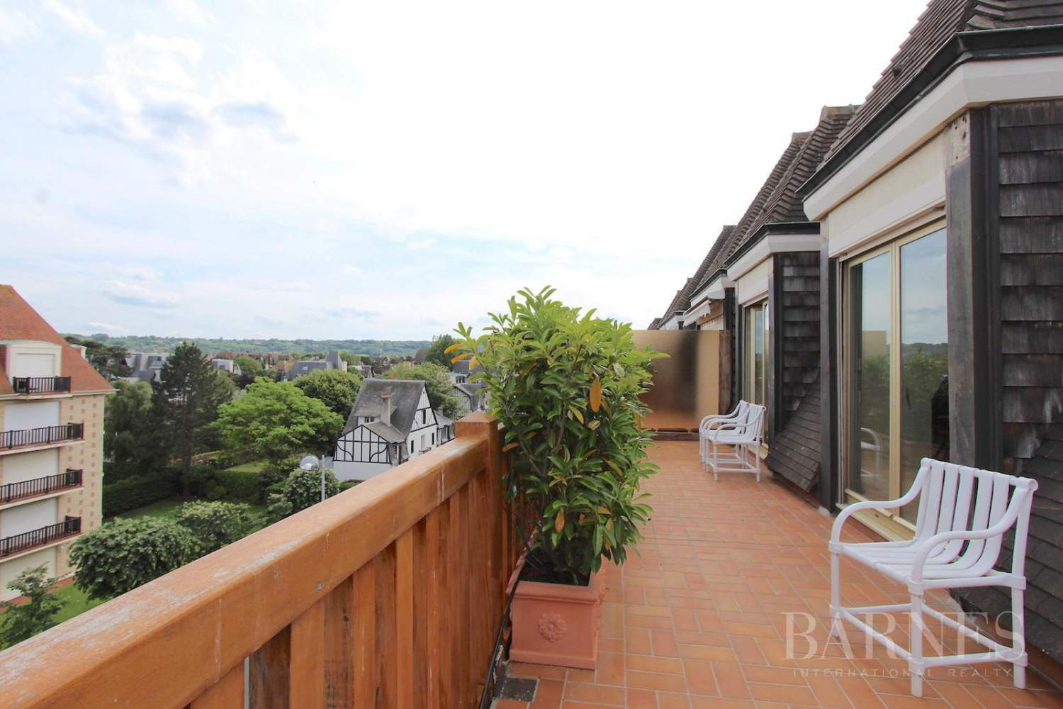 Deauville, sumptuous penthouse apartment with large terrace in a luxury residence picture 11