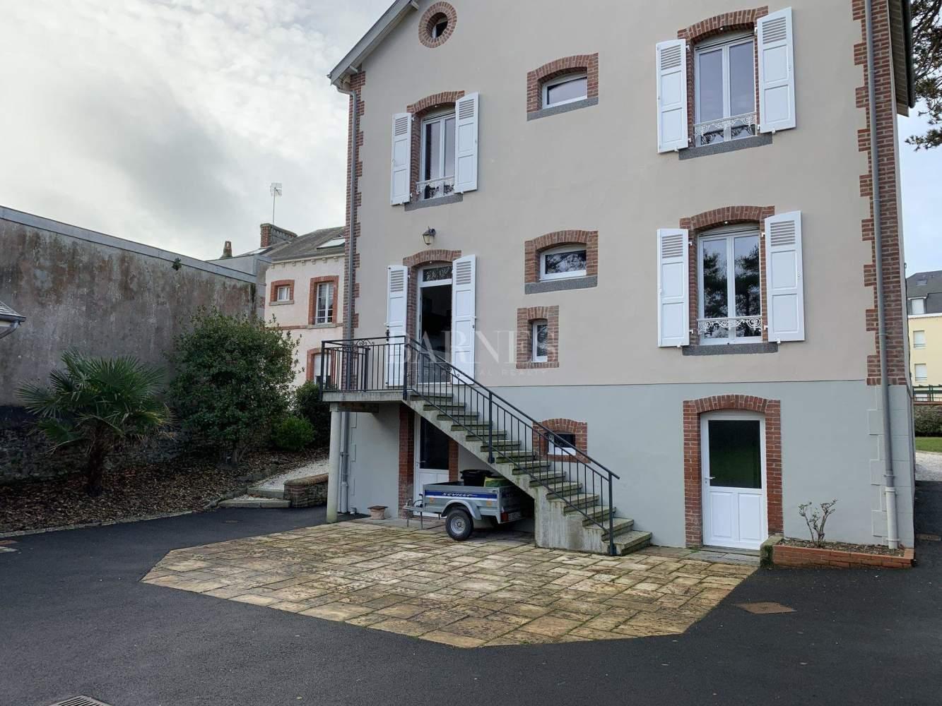 Granville  - Maison 9 Pièces 4 Chambres - picture 17