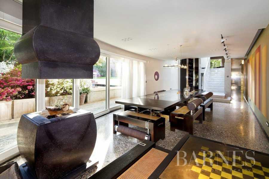 Paris  - House 7 Bedrooms