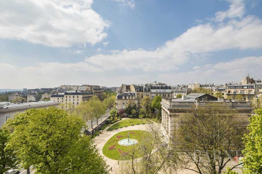 Paris  - Appartement 6 Pièces
