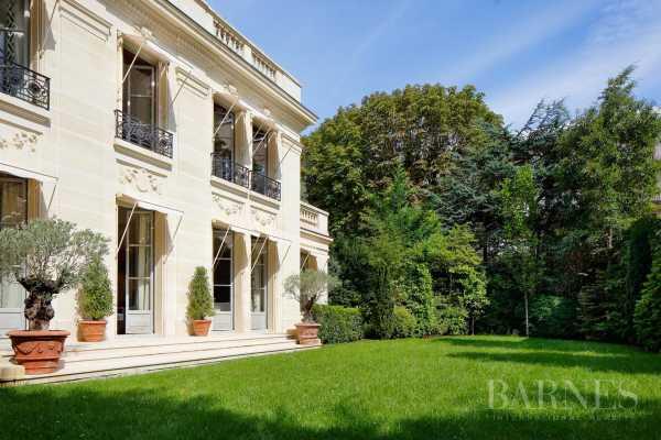 Hôtel particulier Neuilly-sur-Seine  -  ref 3479506 (picture 2)