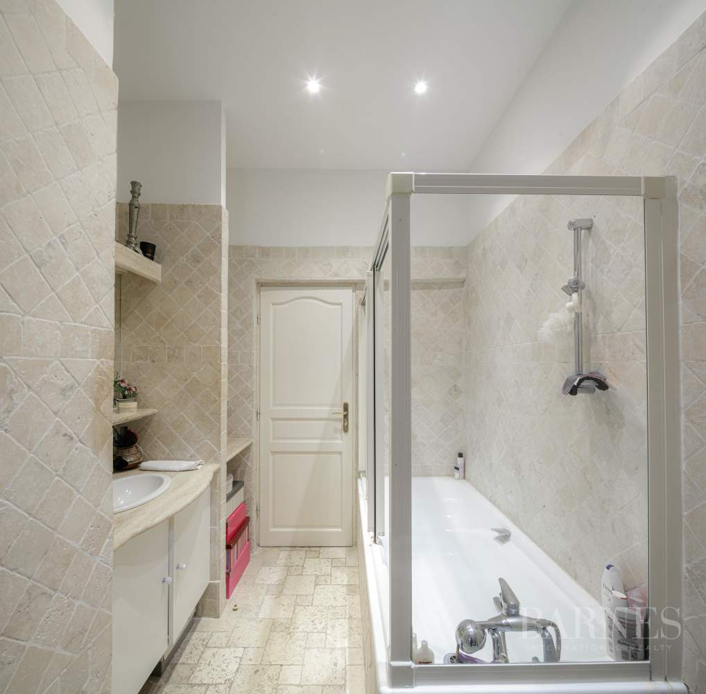 Paris  - Appartement 20 Pièces 4 Chambres - picture 15