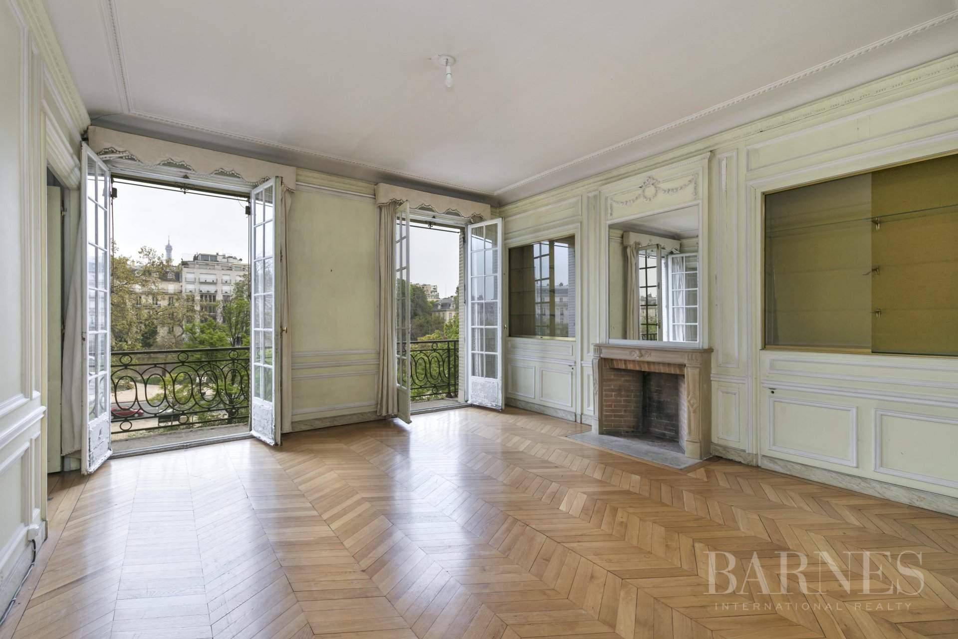 Paris  - Hôtel particulier 15 Pièces - picture 9
