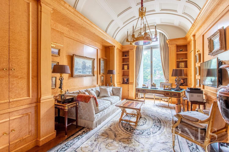 Paris  - Apartment 4 Bedrooms - picture 9