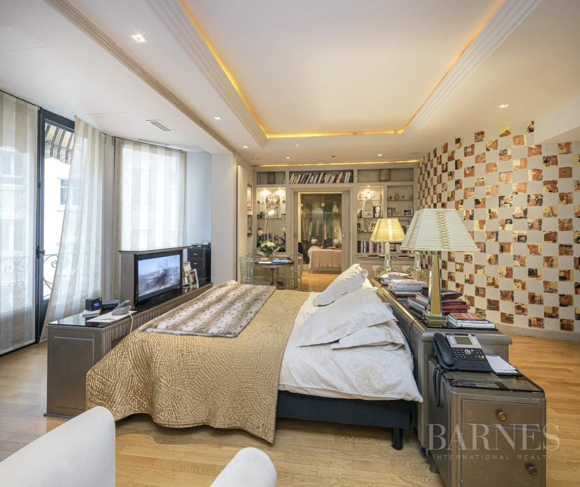 Paris  - Appartement 20 Pièces 4 Chambres - picture 19
