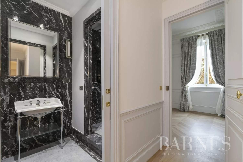 Paris  - Appartement 8 Pièces 3 Chambres - picture 17