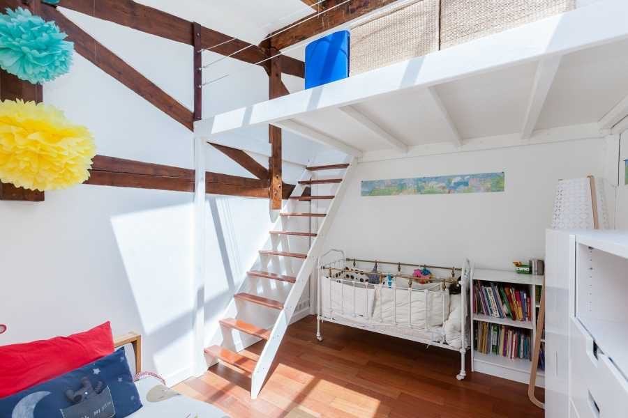 Paris  - Loft 5 Pièces 3 Chambres