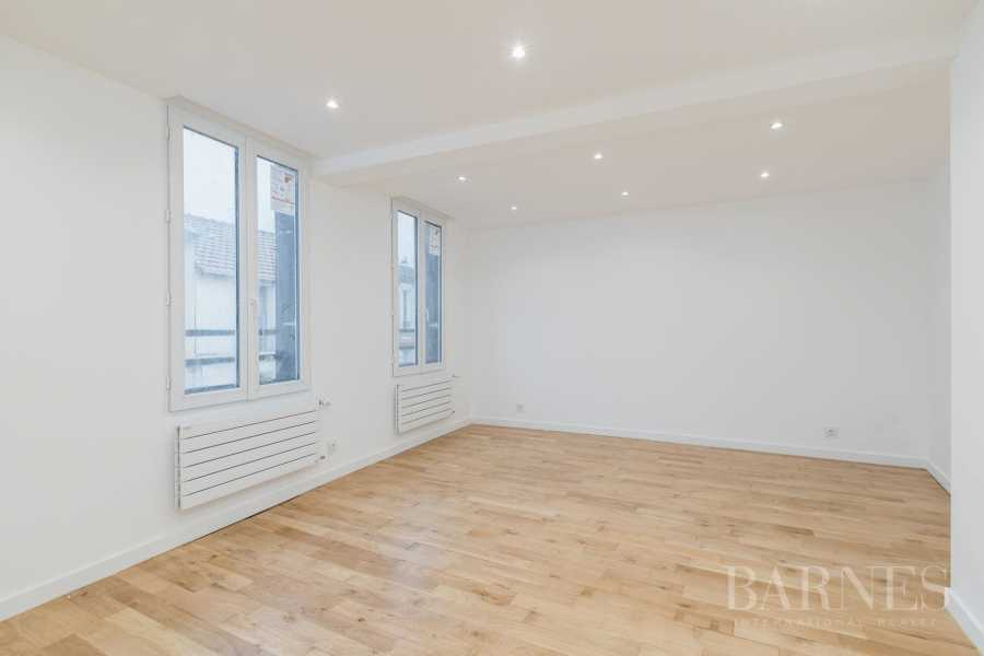 Montreuil  - Maison 6 Pièces 4 Chambres