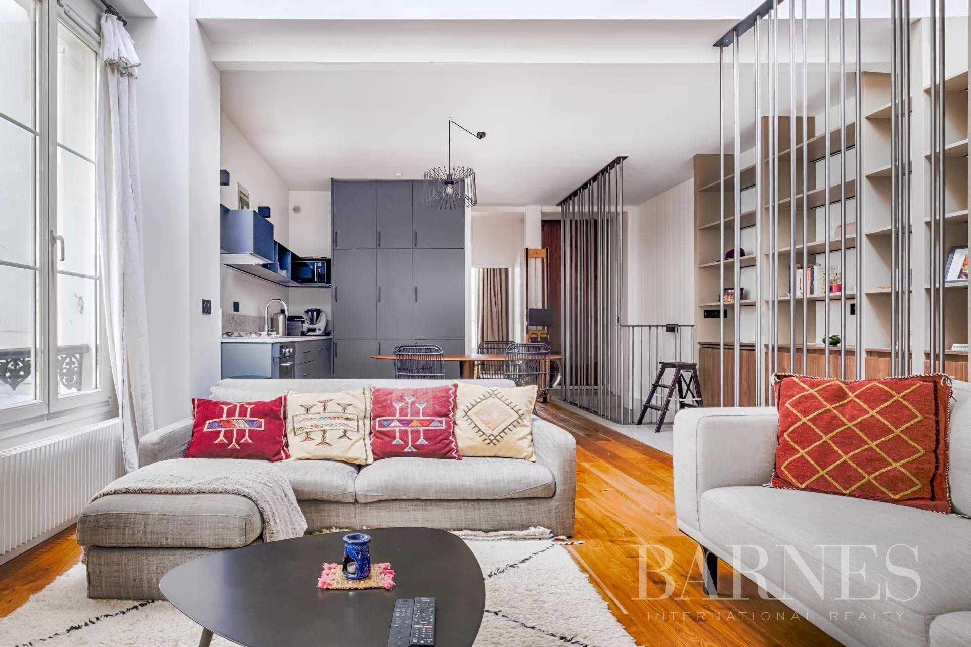 Appartement Paris 75011  -  ref 5541766 (picture 1)
