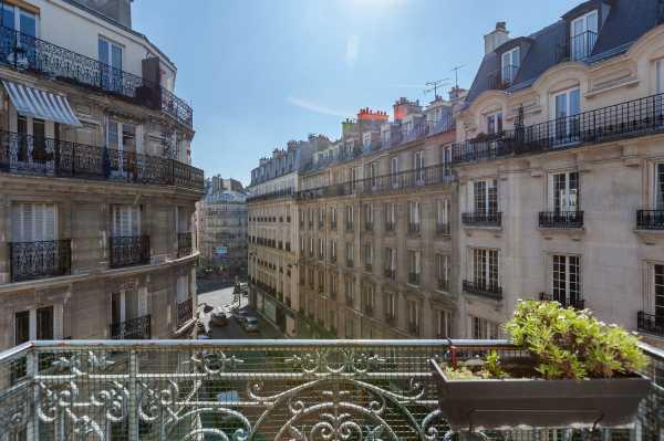 Appartement Paris 75011  -  ref 2579963 (picture 2)