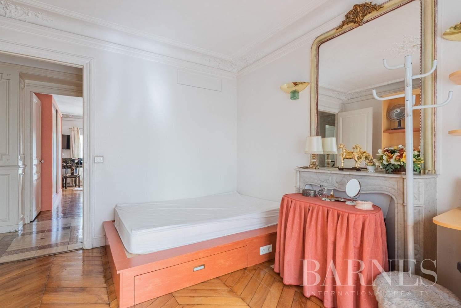 Paris  - Bureaux 5 Pièces 3 Chambres - picture 17