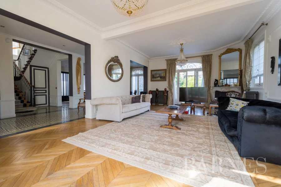 Colombes  - Maison 10 Pièces 7 Chambres