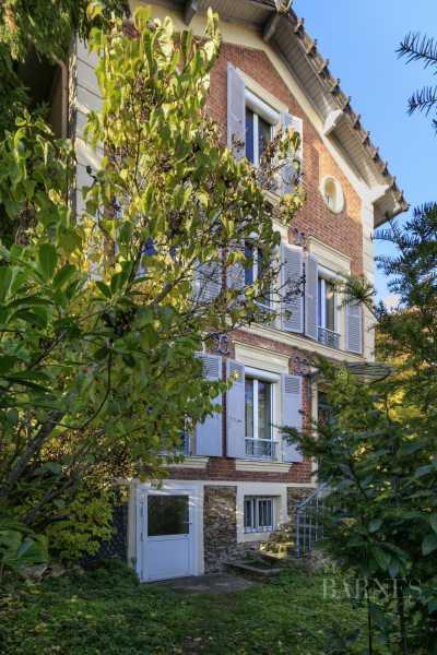 Suresnes  - Maison 7 Pièces 4 Chambres