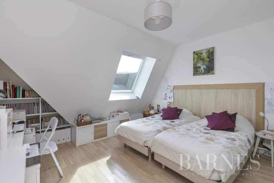 Puteaux  - Appartement 5 Pièces 3 Chambres