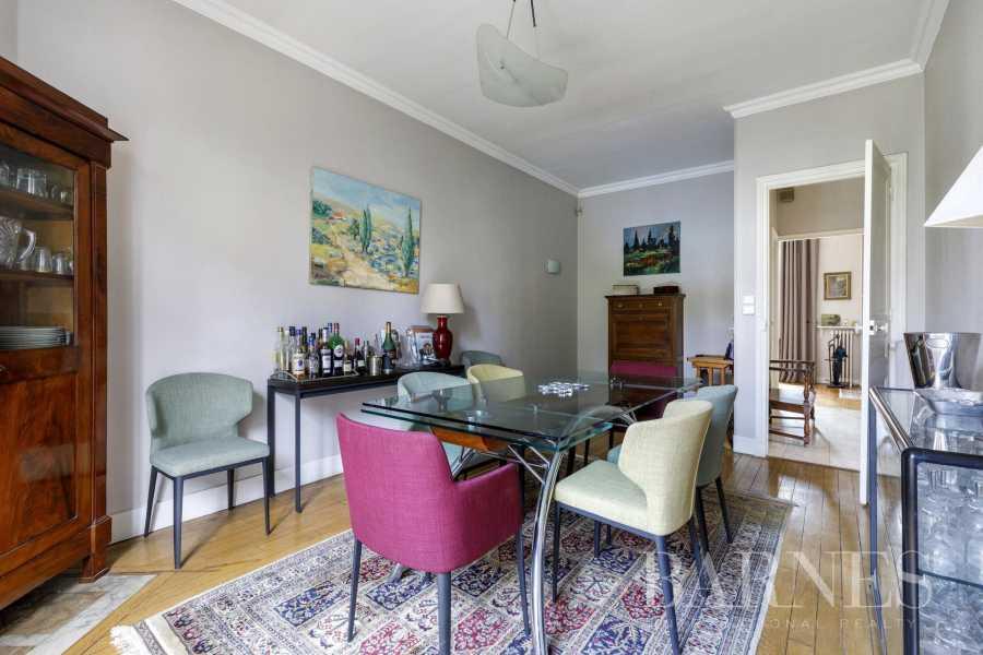 Courbevoie  - Palacete 8 Cuartos 6 Habitaciones