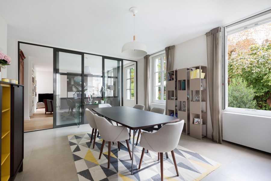 Courbevoie  - Maison 8 Pièces 5 Chambres