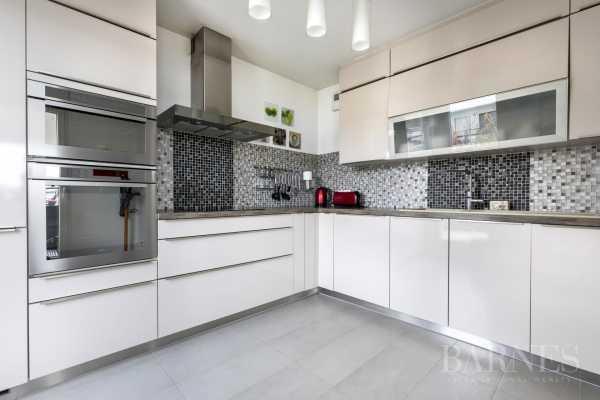 Apartment Suresnes  -  ref 3127345 (picture 3)
