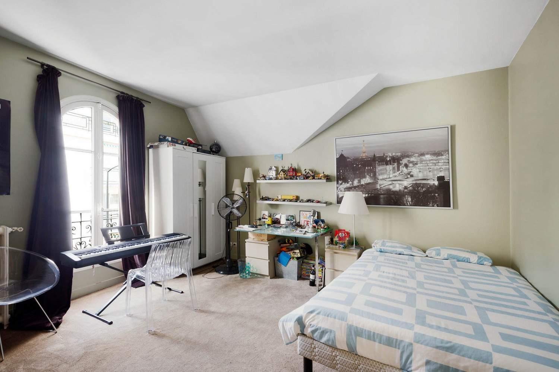 Courbevoie  - Maison 7 Pièces 5 Chambres - picture 16