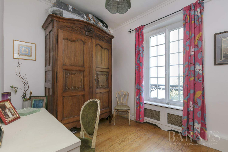 Asnières-sur-Seine  - Hôtel particulier 8 Pièces 6 Chambres - picture 15