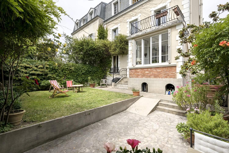 Asnières-sur-Seine  - Maison 6 Pièces 5 Chambres - picture 1