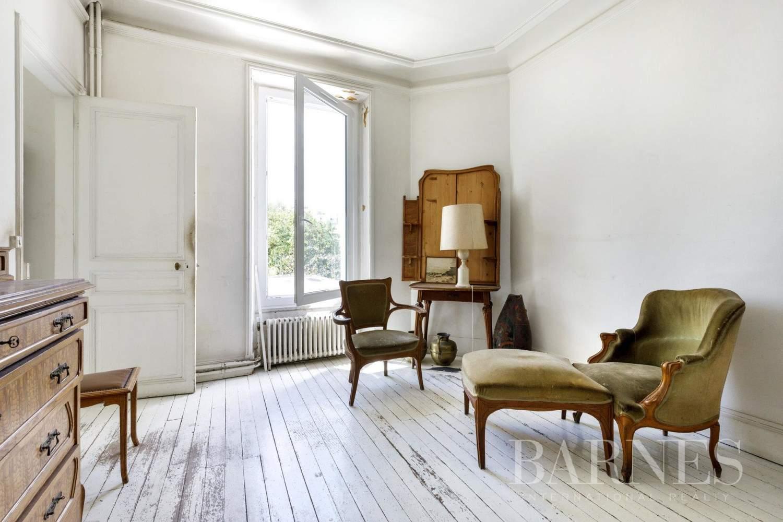 Asnières-sur-Seine  - Hôtel particulier 6 Pièces 5 Chambres - picture 12