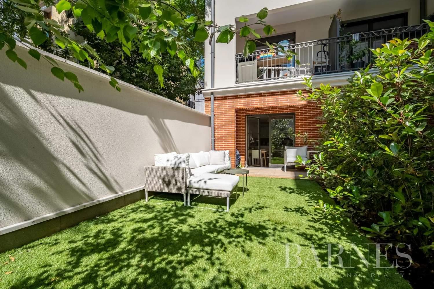 Puteaux  - Appartement 3 Pièces 2 Chambres - picture 2