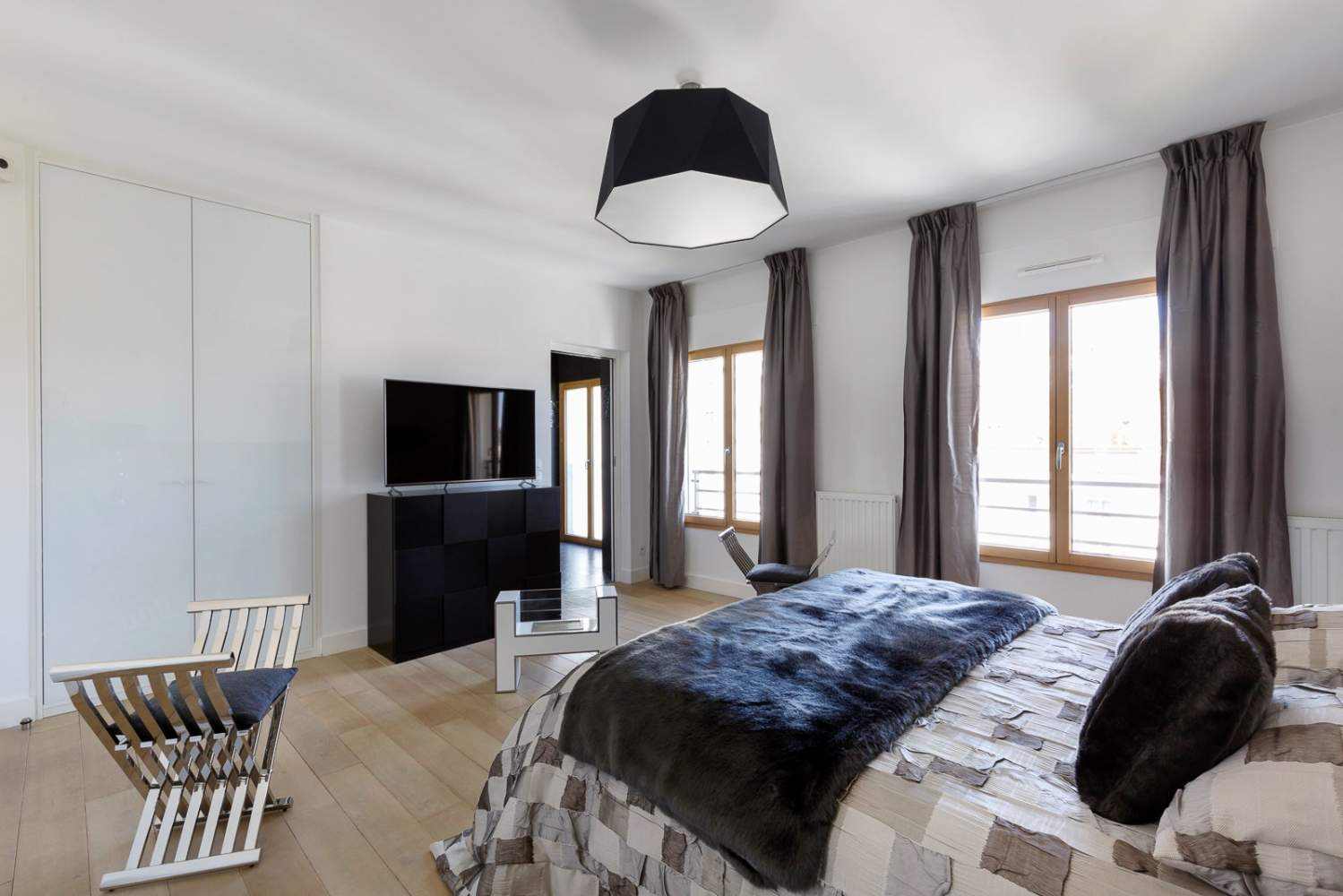 Courbevoie  - Villa on the roof 3 Bedrooms - picture 6