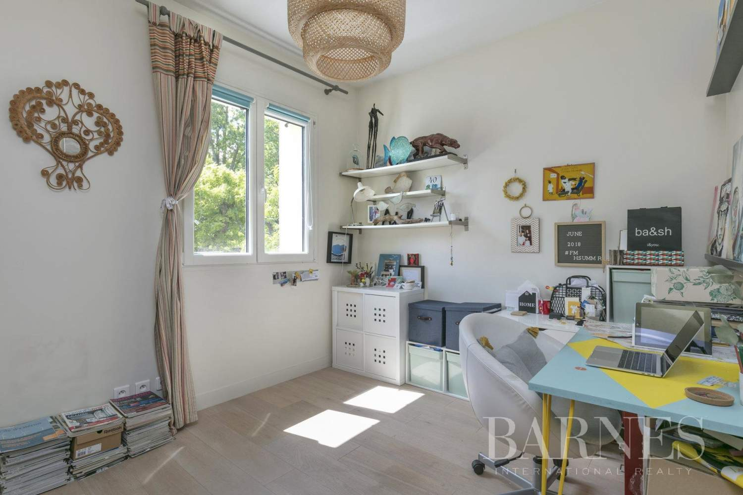Suresnes  - House 4 Bedrooms - picture 15