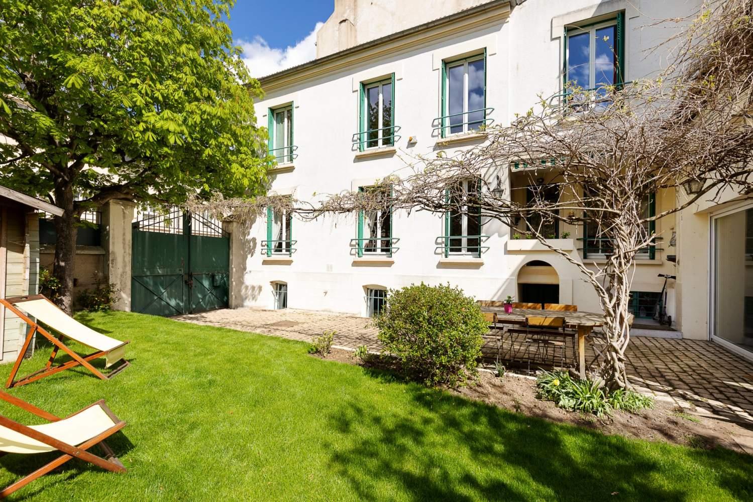 Asnières-sur-Seine  - Maison 8 Pièces 6 Chambres - picture 1