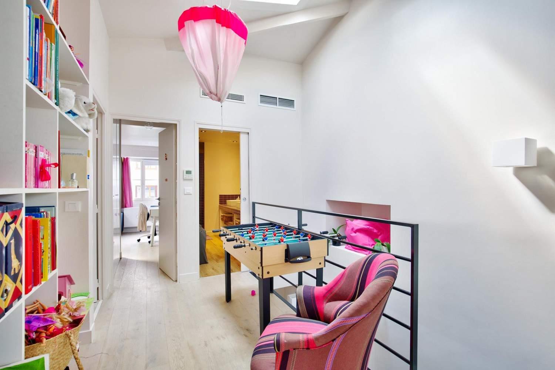 Courbevoie  - Maison 8 Pièces 5 Chambres - picture 15