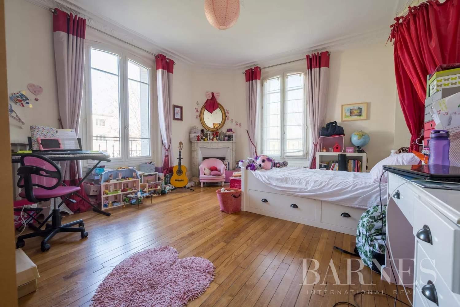 Colombes  - Maison 10 Pièces 7 Chambres - picture 12