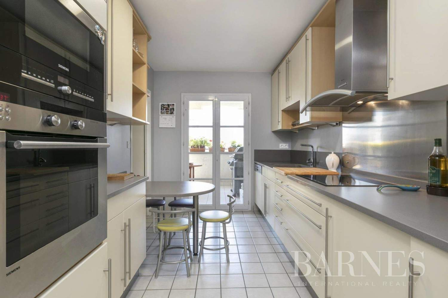 Courbevoie  - Apartment 3 Bedrooms - picture 6