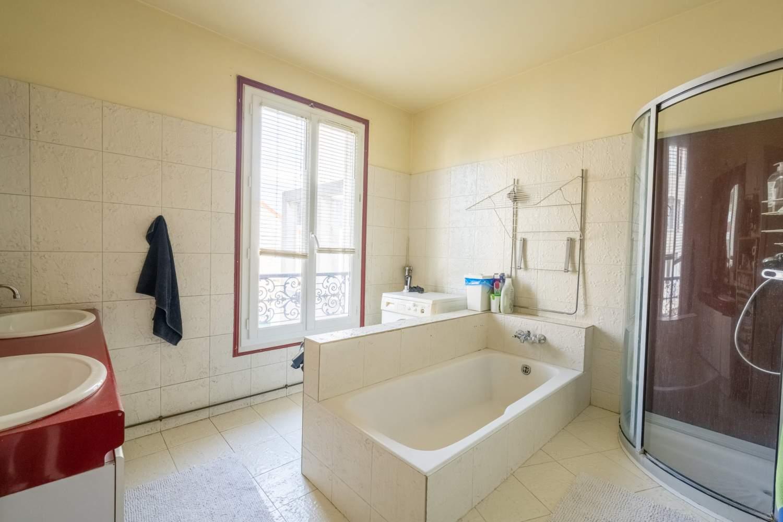 La Garenne-Colombes  - Maison 6 Pièces 4 Chambres - picture 11