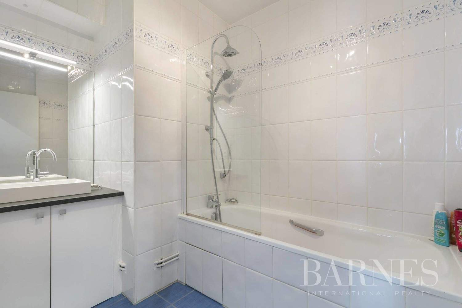 Courbevoie  - Apartment 3 Bedrooms - picture 10