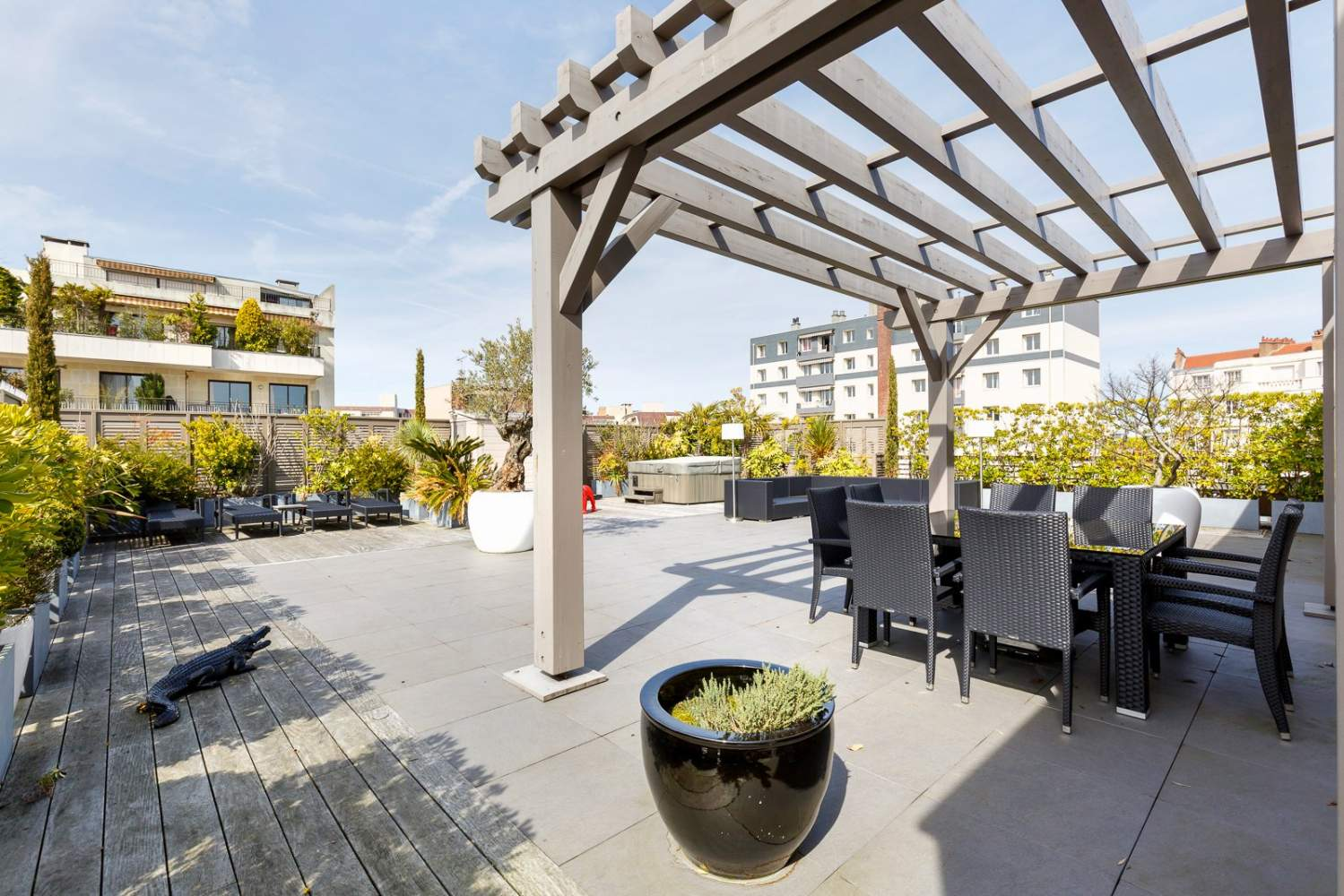 Courbevoie  - Villa on the roof 3 Bedrooms - picture 18