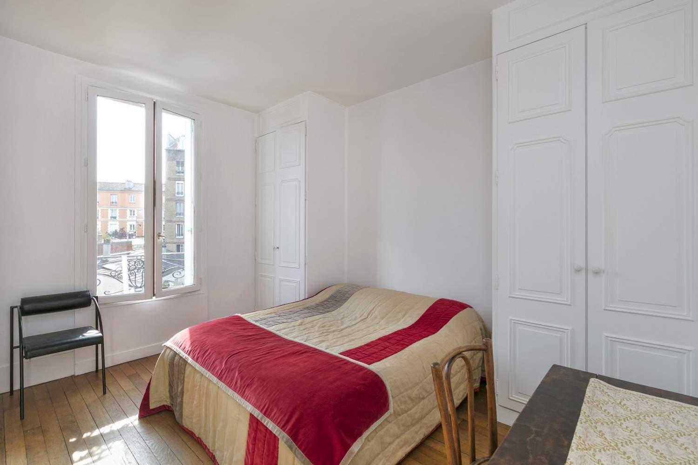 La Garenne-Colombes  - Maison 6 Pièces 4 Chambres - picture 12