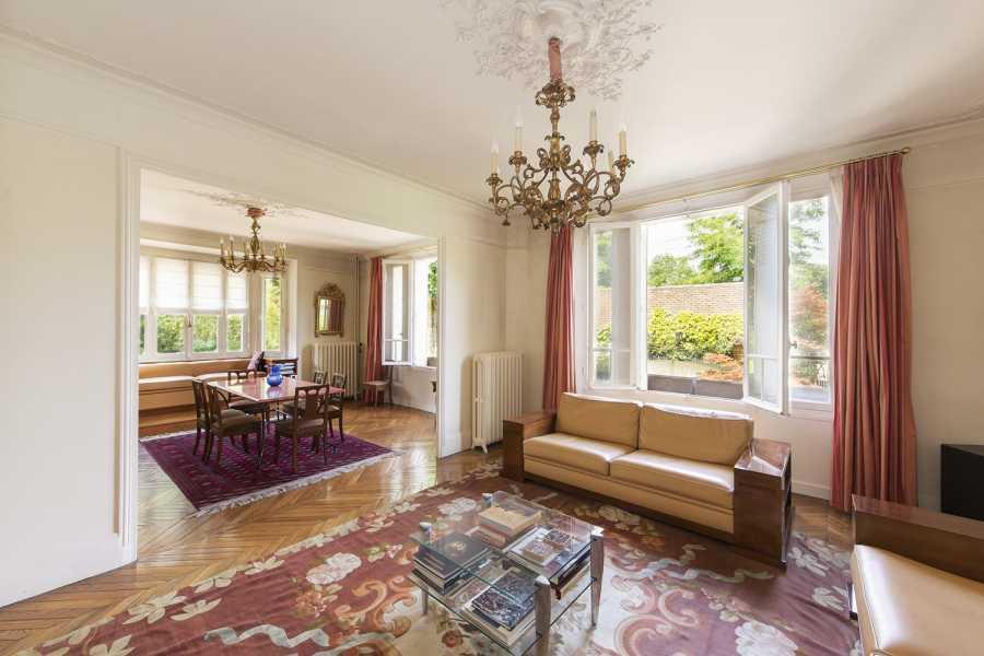 Rueil-Malmaison  - Appartement 10 Pièces 6 Chambres