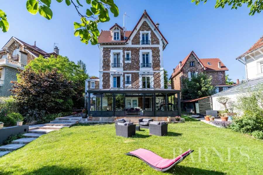 Sèvres  - Maison 9 Pièces 5 Chambres