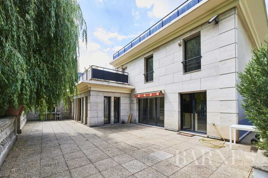 House Issy-les-Moulineaux