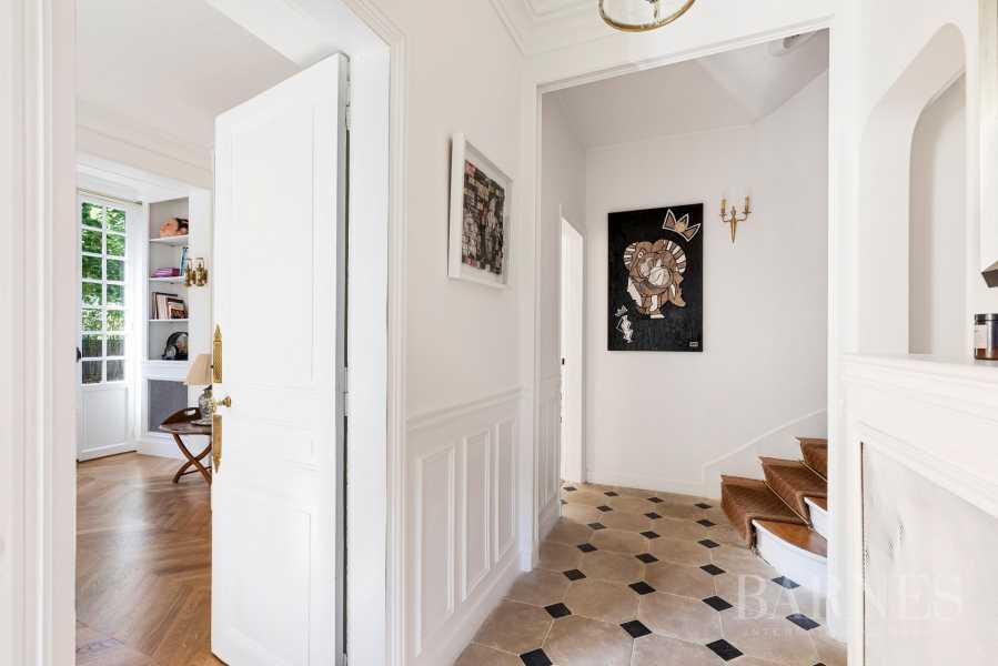 Garches  - Maison 9 Pièces 4 Chambres