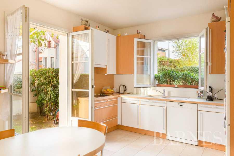 Rueil-Malmaison  - Maison 8 Pièces 6 Chambres