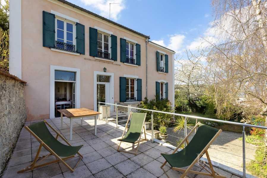 Sèvres  - Maison 8 Pièces 5 Chambres