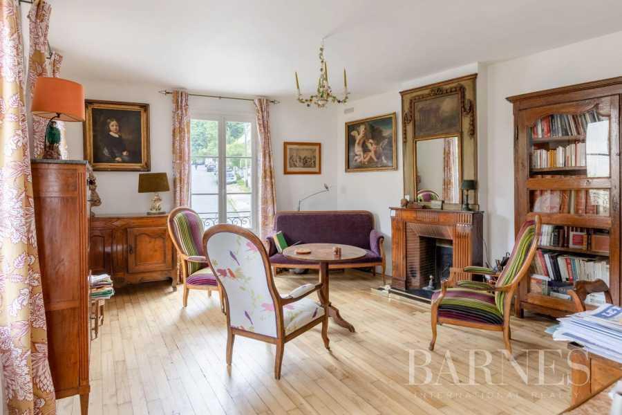 Sèvres  - Maison 8 Pièces 4 Chambres