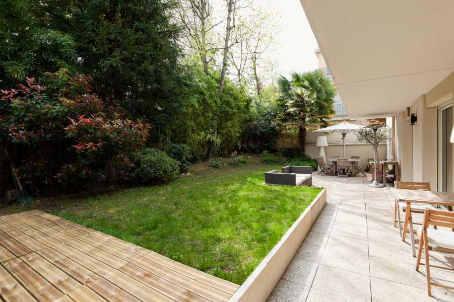 Saint-Cloud  - Appartement 5 Pièces 3 Chambres