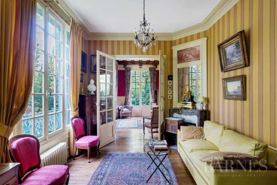 Vaucresson  - Maison 8 Pièces 4 Chambres