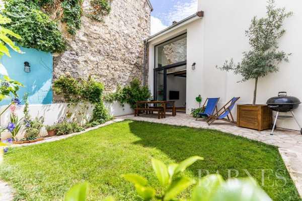 Rueil-Malmaison  - Maison 6 Pièces 4 Chambres