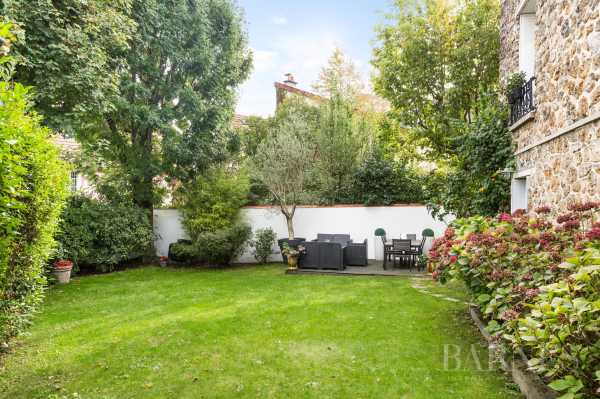 Casa Saint-Cloud  -  ref 3281549 (picture 3)