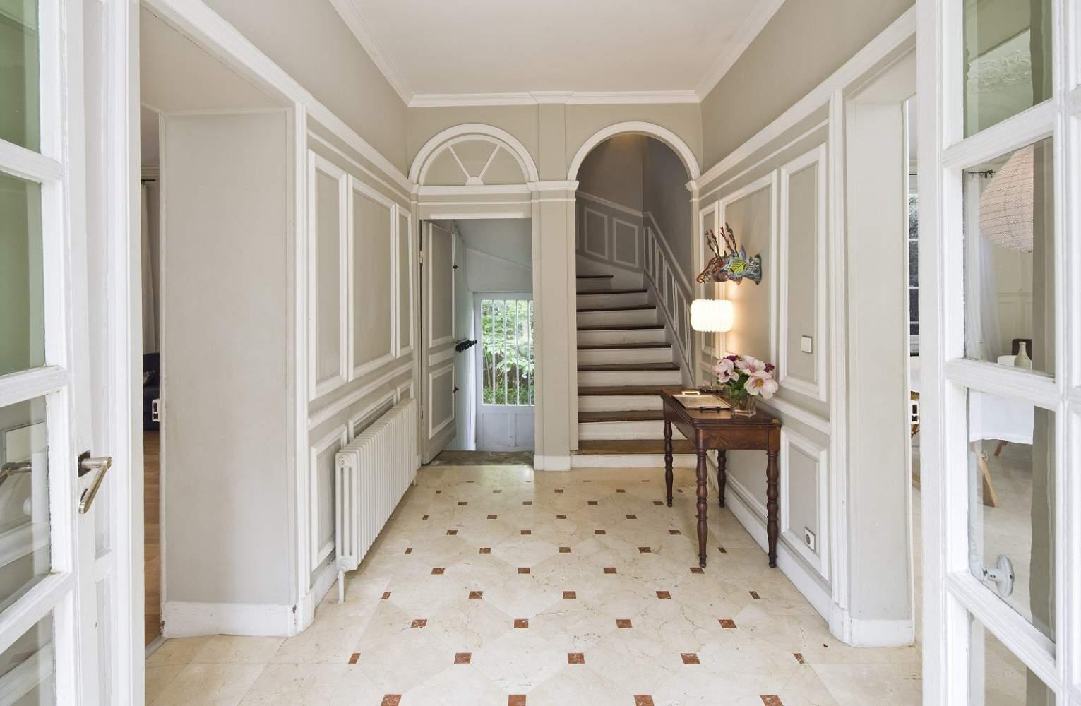 Rueil-Malmaison  - House 6 Bedrooms - picture 2